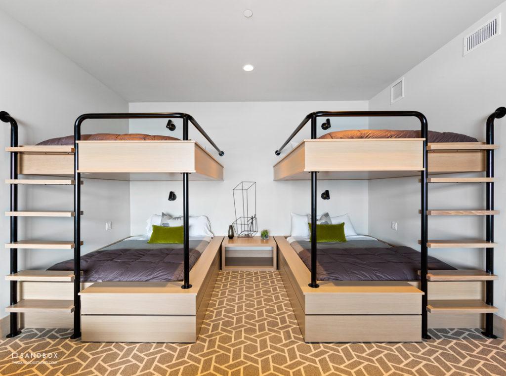 SANDBOX-TALISKER-CLUB-TUHAYE-MOUNTAIN-MODERN-CONTEMPORARY-HOME-BUNK-BEDROOM-CUSTOM-BUILT-IN-BUNK-BEDS image